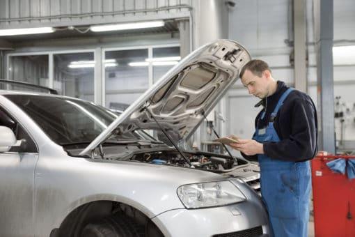 Mechatronik PKW auto naprawa praca zagranicą