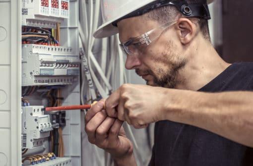Elektryk przemysłowy praca zagranicą